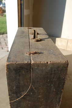 Grandpas Old Tool Box #1: Great Grandpa's Old Tool Box - by harshest @ LumberJocks.com ~ woodworking community