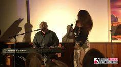 A TASTE OF CULTURE, Cafè Auditori Sant Cugat( 05-03-2015). Os presento el vídeo realizado por HD: DCM AUDIOVISUAL, en donde se recogen momentos del concierto de Gemma Genazzano y mi exposición de pinturas, en el Café del Auditorio de Sant Cugat (Barcelona). No os lo perdáis ..... Gemma y Joe cantan como los ángeles !!! ... y la bailarina es fantástica.