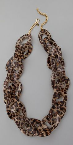 Beautiful leopard print necklace