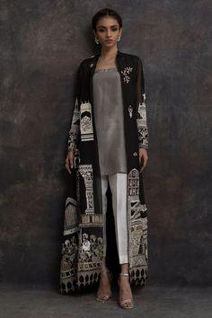 New Image : Pakistani fashion casual Source by clothes pakistani Pakistani Fashion Casual, Pakistani Dresses Casual, Pakistani Dress Design, Abaya Fashion, Indian Fashion, Fashion Dresses, Muslim Fashion, Ethnic Fashion, Dress Indian Style