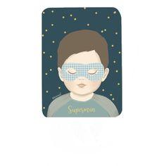 <p>Carte postale Superman, format vertical, coins arrondis, design Minimel, impression quadrichrome, fabrication française. A envoyer avec un mot gentil ou à accrocher sur son mur pour décorer ! On aime ce doux graphisme d'un petit garçon masqué.</p> <p><em><br /></em></p>