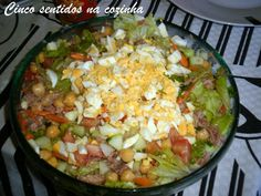 Cinco sentidos na cozinha: Salada fresca de grão com atum e ovo