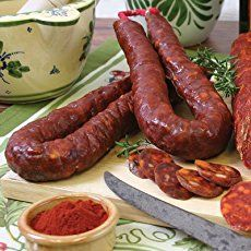 Homemade Linguica, a Portuguese Mild Sausage, is incredibly easy to make and tastes great. No MSG, Nitrates or High Fructose Corn Syrup. Homemade Chorizo, Homemade Sausage Recipes, Homemade Breads, Portuguese Sausage, Portuguese Recipes, Portuguese Food, How To Make Sausage, Food To Make, Sausage Making