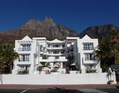 Place on the Bay, now under new management, is situated on the beachfront of Cape Town's trendy and cosmopolitan suburb, Camps Bay. At Place on the Bay guests can experience the magnificent beaches… Camps Bay Cape Town, Cape Town Hotels, Serviced Apartments, Luxury Apartments, Beach Hotels, Hotels And Resorts, Table Bay Hotel, Das Hotel, Private Pool