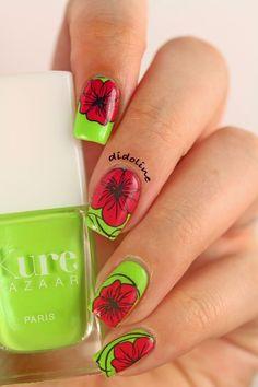 Floral Nail Art - Stamping Reverse - Reverse Stamping - Kure Bazaar - Carioca - pueen