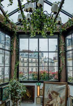 Paris: Montmartre and luch at Pink Mamma – Le Fashionaire Restaurant Vintage, Succulent Garden Diy Indoor, Little Paris, Triomphe, Up House, Aesthetic Rooms, Paris Hotels, Paris Travel, Aesthetic Wallpapers