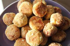 "Garlic and Pesto ""dough"" balls- low carb"