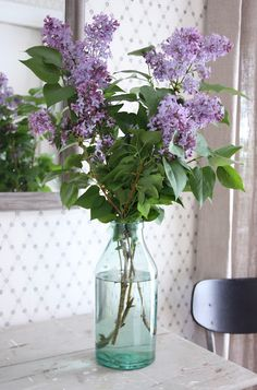 I have to plant some lilacs. I love the smell..
