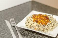 La recette du chili con carne et du chili sin carne (vegan et sans gluten) est disponible sur le blog www.foodetcaetera.com Sans Gluten, Vegan Gluten Free, Risotto, Rice, Ethnic Recipes, Blog, Chili Con Carne, Budget, Lentil Soup