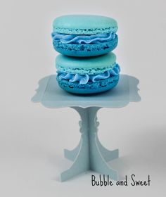 Bubble and Sweet: Blue Ruffle Ombre Macaron