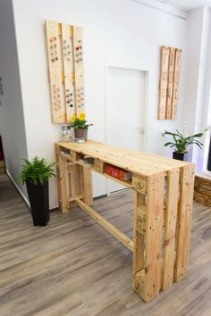 Sideboards - Pallet Furniture / Standing Table Upcycling Pallet Table - a Designer . Sideboards – Pallet Furniture / High Table Upcycling Pallet Table – a unique product by FETTE-PALETTE on DaWanda So Hallway Decorating, Home Decor Accessories, Pallet Furniture Bar, Home Decor Items, Diy Furniture, Wood Pallets, Home Decor, Pallet Home Decor, Upcycled Home Decor