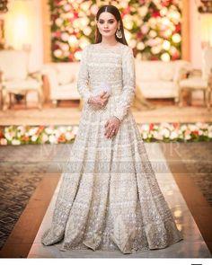 Minal khan her sister walima look Pakistani Fancy Dresses, Pakistani Bridal Makeup, Pakistani Wedding Outfits, Pakistani Bridal Dresses, Pakistani Wedding Dresses, Pakistani Dress Design, Bridal Outfits, Indian Dresses, Indian Outfits