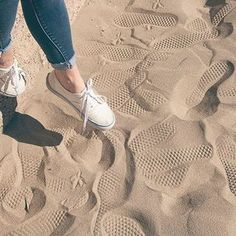 Vans Girls were here. by vansgirls White Vans Outfit, Vans Authentic White, Vans Original, Vans Girls, Girls Shoes, Luxury Shoes, Types Of Shoes, Timberland Boots, Fashion Shoes