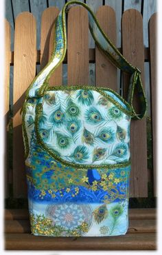 The Ellipse Bag, a pattern by Among Brenda's Quits.  Sew your own beautiful bag using your own amazing creativity!  Buy the pattern at www.amongbrendasquilts.com  $10.99
