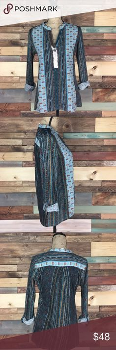 """Tiny Soft Sequin Boho Mixed Print Blouse - XS Tiny Soft Sequin Boho Mixed Print Blouse - XS // front panel is a silky/ Polyester material / back and sleeves are a soft cotton/ Rayon material. EUC // Bust: 19"""" laying flat / length: 24-26"""" Anthropologie Tops"""