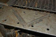 Upgraded my grinder stand and some pics of my welding table. - WeldingWeb™ - Welding forum for pros and enthusiasts Mig Welding, Welding Table, Workbench Vice, Grinder Stand, Metal Workshop, Metal Bending, Welding Ideas, Garage Tools, Metal Shop