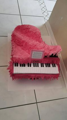 Glorious Best Way To Learn The Piano Ideas. Spectacular Best Way To Learn The Piano. Vintage Valentines, Valentine Day Cards, Keyboard Piano, Easy Piano, Piano Lessons, 16th Birthday, Musical Instruments, Make It Simple, 3d Printing