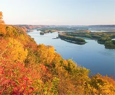 Pikes Peak State Park - a magnificent tri-state view from Iowa into Wisconsin and Illinois