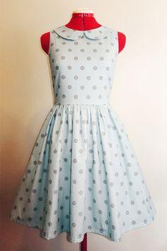 Peter pan collar dress by Kissyface
