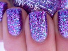 Sparkling Nails - Hairstyles and Beauty Tips