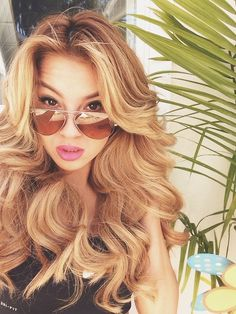 Full Head Remy Clip in Human Hair Extensions - Light Ash Blonde ( Love Hair, Great Hair, Gorgeous Hair, Awesome Hair, Hair Colorful, Curly Hair Styles, Natural Hair Styles, Balayage Blond, Lace Front