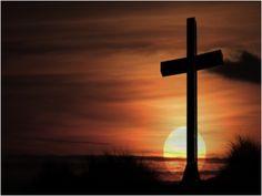 Pascua está basada en la crucifixión y la resurrección de Jesucristo.