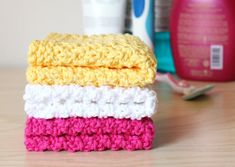 Seed Stitch Washcloths | 30 Knitting Projects That Are Perfect For Summer