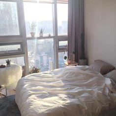 City Bedroom, Bedroom Apartment, Bedroom Decor, Dream Rooms, Dream Bedroom, Minimalist Room, Aesthetic Room Decor, My New Room, House Rooms