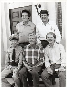 Return to Mayberry 1986 NBC Television Promo Photograph Jim Nabors George Lindsey Don Knotts Andy Griffith Ron Howard Free 8 x 10 inch USD) by GoodRiverVintage Jim Nabors, Barney Fife, Don Knotts, Ron Howard, The Andy Griffith Show, Childhood Tv Shows, Old Shows, Apps, Old Tv