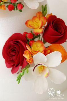 DK Designs: Fall Wedding Cake Flowers