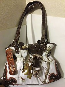 Realtree Camo Purses | REALTREE-APC-Womens-Handbag-White-Snow-Camo-Hunting-Purse-Shoulder ...