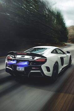 McLaren 675LT | Vivid Essentials