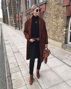 Trendy tan ankle boats outfit winter casual all black Ideas Casual Winter Outfits, Winter Mode Outfits, Winter Fashion Outfits, Casual Fall, Autumn Winter Fashion, Fall Outfits, Stylish Outfits, Outfit Winter, Black Outfits