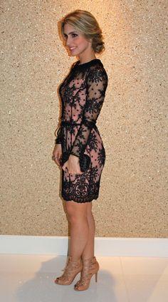 vestidos-de-renda-para-convidadas-preto-1                                                                                                                                                                                 Mais
