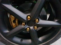 Gold painted lug nuts and calipers White Sky, Black Rims, Gold Paint, Purple Gold, Subaru, Design, Volkswagen, Innovation, Truck