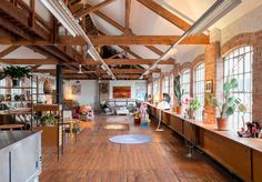 This impressive property is a very rare example of an entire former factory in use as a single residence. Built around 1900 as a shoe factory, it was converted into a home in 2008 with the assistance of the London-based architect Richard Grey.
