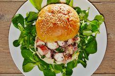 #panino con #polpo #arrosto,  #valeriana e #ajoli #spassofood #cucinadapasseggio