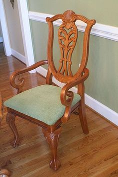 Spray Painted Dining Table and Chairs