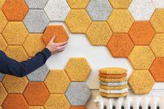 We have fresh and beautiful acoustic wall panels ideas. In line with the modern decorative wall panels designs that relies on a combination of form, color and light Design Furniture, Decor Interior Design, Interior Decorating, Decorating Ideas, Modern Interior, Acoustic Wall, Acoustic Panels, Video Game Rooms, Video Games