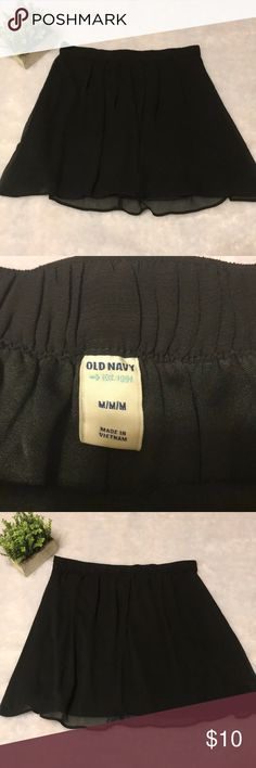 Old Navy Solid Black Chiffon Skirt Size Medium Size medium. There are no flaws. The measurements are as follows: waist: 16 in; length: 18 in Old Navy Skirts A-Line or Full