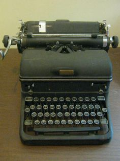 Vintage Royal Typewriter - 1940's Royal Typewriter - Magic Margin Key - Antique Typewriter - Vintage Home Decor - Americana - Collectable