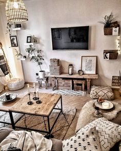 Boho living room- Boho Wohnzimmer Boho decoration from Morocco! Boho Living Room, Cozy Living Rooms, Apartment Living, Living Room Furniture, Living Room Decor, Living Room Interior, Wooden Furniture, Boho Room, Bohemian House