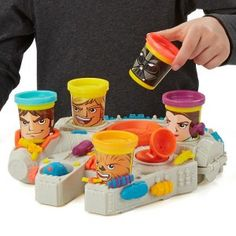 Play-Doh Star Wars Millennium Falcon Featuring Can-Heads , only $6.98 !! reg price $20!! Calicouponchick.Net
