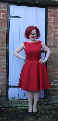 Ozzy Blackbeard: The Red Wool Dress And The Little Featherweight
