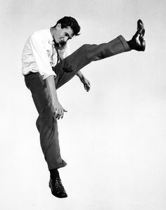 """... HE DIDN'T WANT PEOPLE TO GET THE RIGHT IDEA"": ANTHONY PERKINS - PHILIPPE HALSMAN"