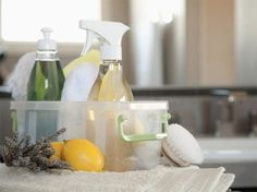 My Favorite Homemade Cleaners! For the bathroom, laundry and more!