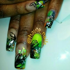 @haute_nails colored acrylic nailart