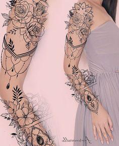 Floral Tattoo Design, Mandala Tattoo Design, Henna Tattoo Designs, Tattoo Sleeve Designs, Mini Tattoos, Love Tattoos, Beautiful Tattoos, Body Art Tattoos, Bauch Tattoos