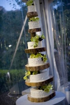 Central Park Zoo Tree Cake - Customized Wedding Cakes - Sugar Flower Cake Shop