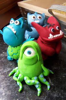 The Connor Ohana: Polymer Clay Creatures! Polymer Clay Animals, Ceramic Animals, Fimo Clay, Polymer Clay Crafts, Ceramic Monsters, Clay Monsters, Monster Birthday Parties, Monster Party, Clay Art Projects